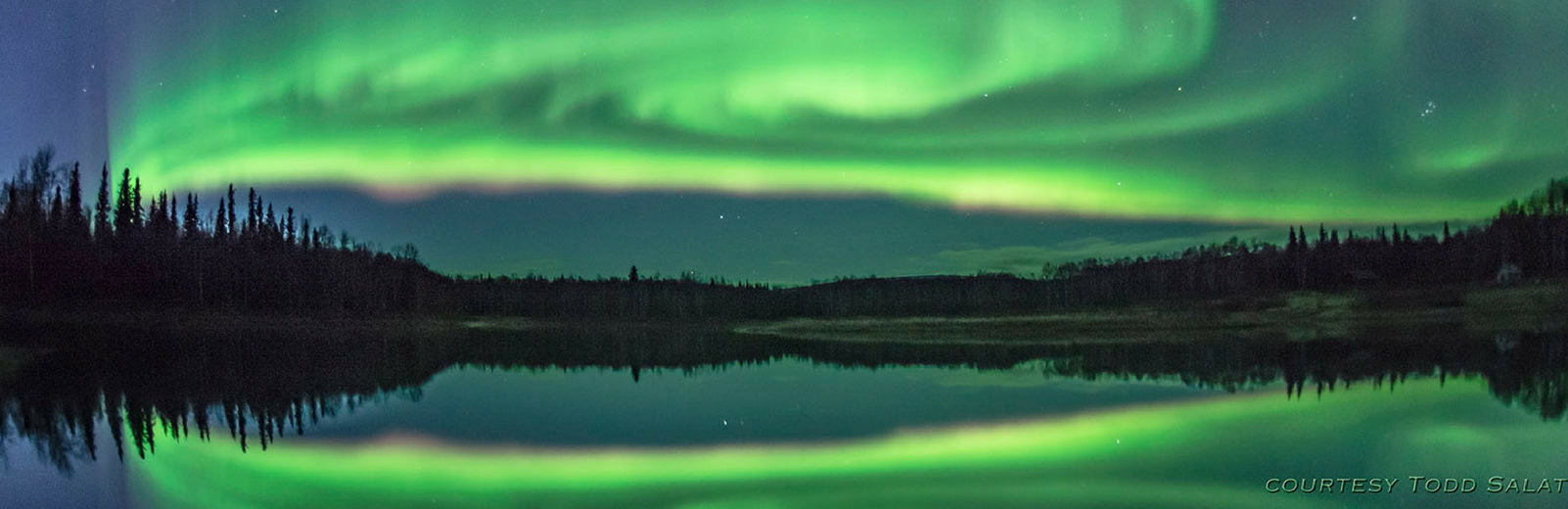 picture of northern lights backdrop